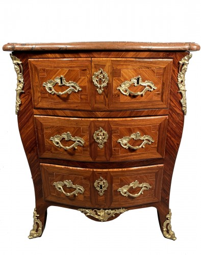 18 th commode stamped P.Paul Charpentier, Paris circa 1750