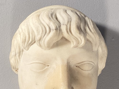 <= 16th century - Marble fountain mask, Italy 16th century