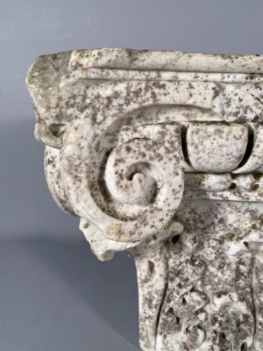 Sculpture  - Carrara marble capital, Italy 16th century