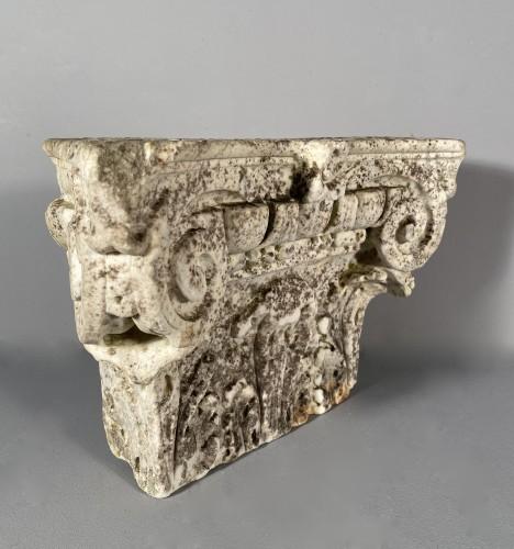 <= 16th century - Carrara marble capital, Italy 16th century