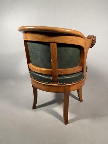 Antiquités - Armchairs with revolving seat, Paris circa 1810