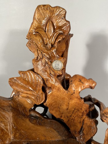 Armchair carved in an olive tree trunk, Provence around 1815 - Seating Style Restauration - Charles X