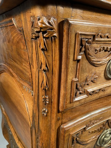 Antiquités - Provencal chest of drawers in walnut, Pierre Pillot in Nîmes around 1770