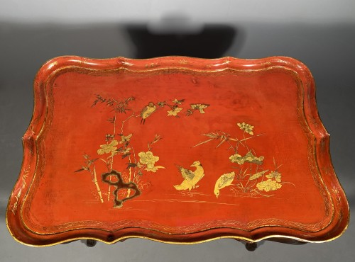 Furniture  - Cabaret table with Chinese lacquer top, Provence 18th century