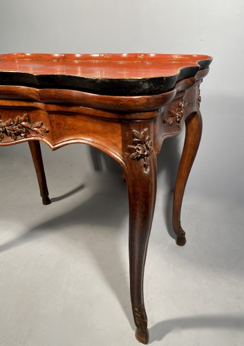 Louis XV - Cabaret table with Chinese lacquer top, Provence 18th century
