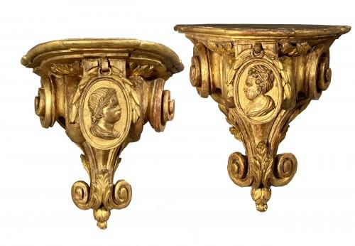 Pair of corner consoles after Delafosse, Paris, Louis XV period