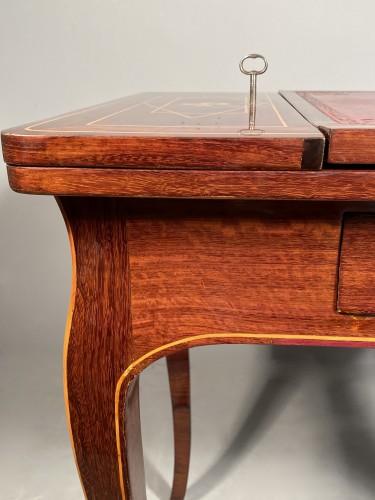 Louis XV - Exotic wood music table, La Rochelle Louis XV period