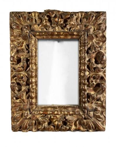 Gilded wood frame, Spain 17th century