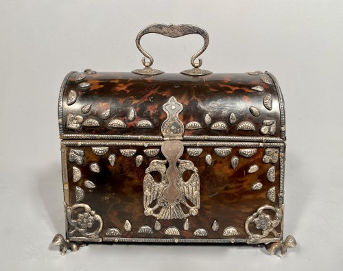 Antiquités - Tortoise shell and silver box 18th century