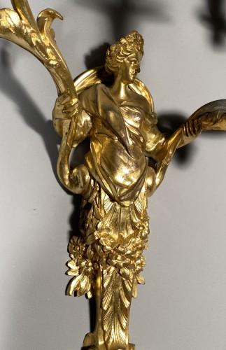 Antiquités - Pair of Flora and Zephyr bronze sconces circa 1850