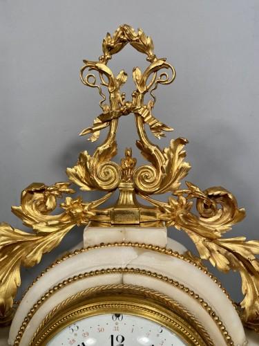 Antiquités - Allegory of the theater clock, Paris, Louis XVI period
