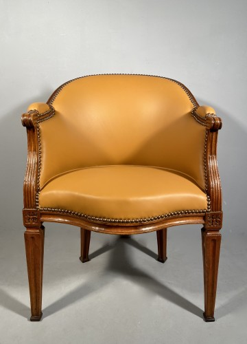 18th century - Walnut desk chair, P.Pillot, Nîmes around 1780