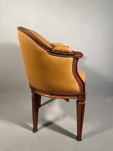 Walnut desk chair, P.Pillot, Nîmes around 1780 - Louis XVI