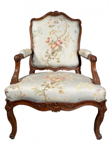 Armchair with flat back, Provence around 1750