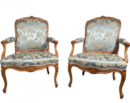 Pair of armchairs with flat backs attributed to J.B Tillard circa 1760
