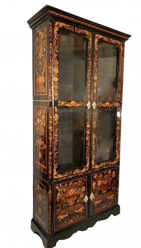Bookcase in floral marquetry, Paris, Louis XIV period -