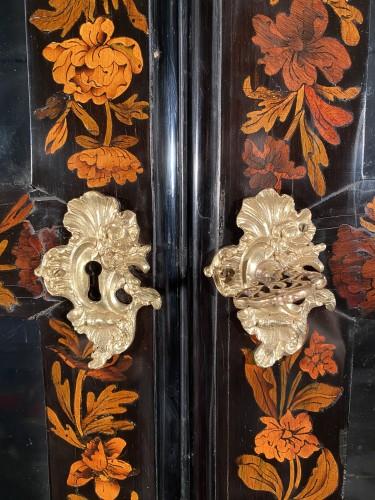 Louis XIV - Bookcase in floral marquetry, Paris, Louis XIV period