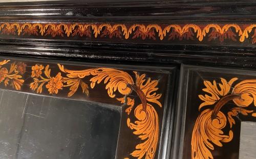 Antiquités - Bookcase in floral marquetry, Paris, Louis XIV period
