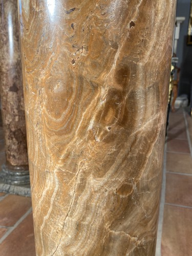 Pair of columns in ribboned alabaster, Rome 17th century -