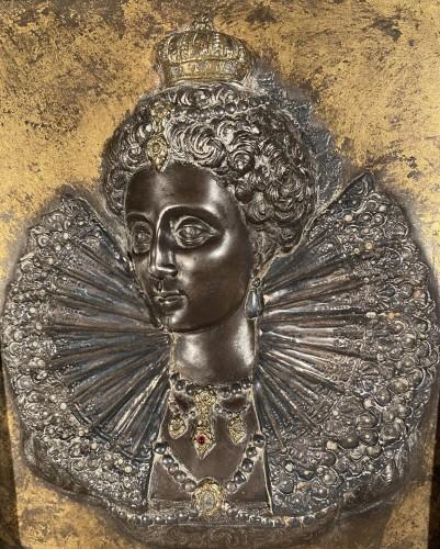 Renaissance - Pair of damascened iron plates, G. Dupré circa 1600