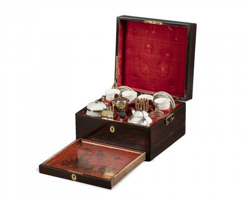 Porcelain tea and chocolate set, Paris circa 1725
