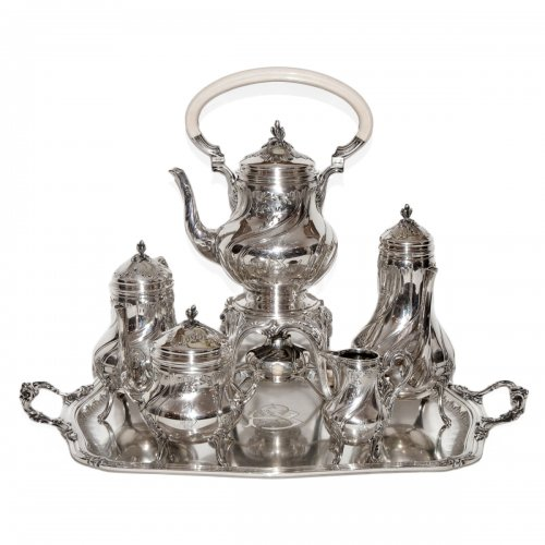 French sterling Silver tea service by Silversmith Émile Puiforcat (1857-1927)