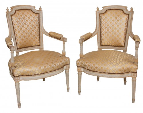 Paire de fauteuils Louis XVI estampillés H. JACOB