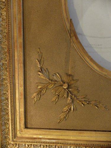 grand cadre ovale en bois et stuc dor xixe si cle. Black Bedroom Furniture Sets. Home Design Ideas