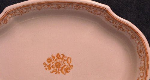 Oblong Dish Moustiers faience 18th century monochrome ocher - Porcelain & Faience Style Louis XIV