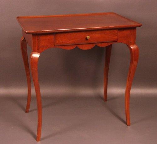 "Bordelaise table called ""cabaret"" Cuban mahogany antique eighteenth -"