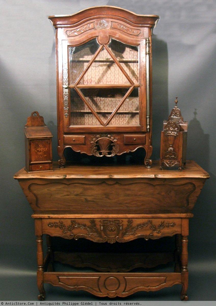 verrier proven al en noyer xviiie si cle. Black Bedroom Furniture Sets. Home Design Ideas
