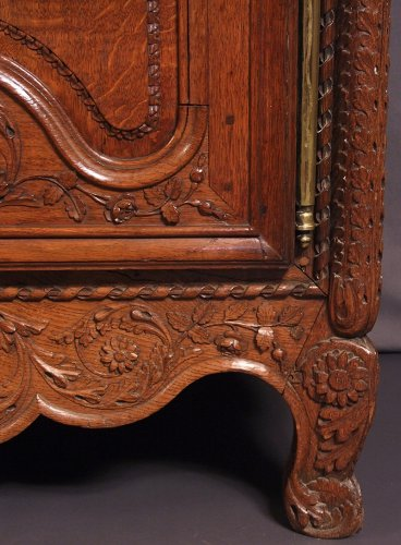 - French Norman  ( bocage virois ) cabinet
