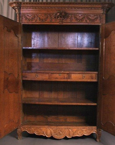Antiquités - French Norman  ( bocage virois ) cabinet