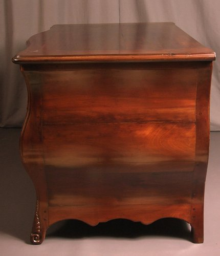 XVIIIthc Commode malouine in cuban mahogany -