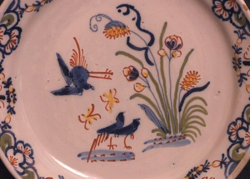 A late 18thC. Lille faience plate - Porcelain & Faience Style