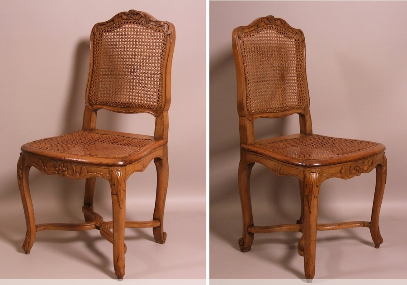suite de 7 chaises cann es d 39 poque louis xv estampill es. Black Bedroom Furniture Sets. Home Design Ideas