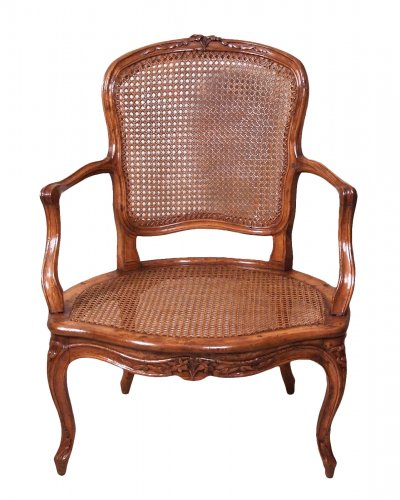 Louis xv cabriolet armchair