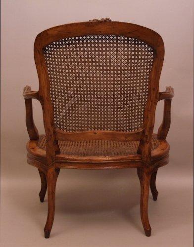 Louis xv cabriolet armchair - Louis XV