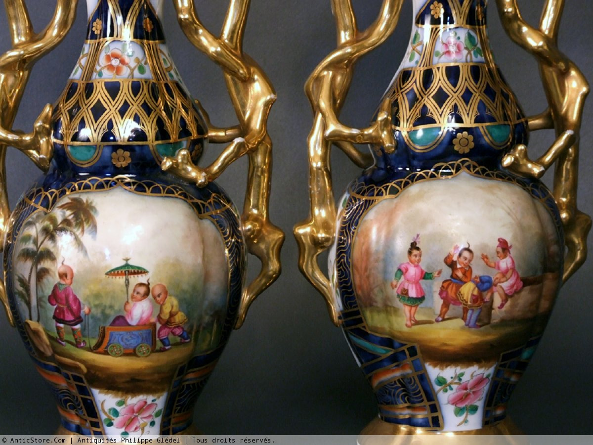 vases en porcelaine de bayeux aux chinois p riode gosse xixe si cle. Black Bedroom Furniture Sets. Home Design Ideas
