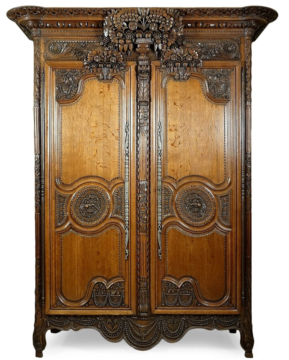 armoire de mariage de bayeux normandie xixe si cle. Black Bedroom Furniture Sets. Home Design Ideas