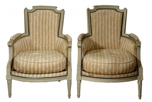 Pair of large bergères armchairs - Paris Louis XVI period