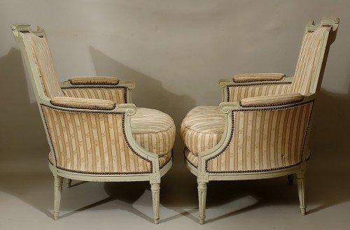 Pair of large bergères armchairs - Paris Louis XVI period - Seating Style Louis XVI