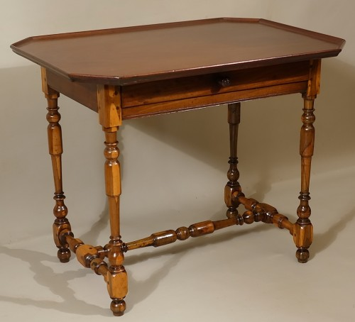 Furniture  - Cabaret table Rochelaise in guaiac and speckled mahogany