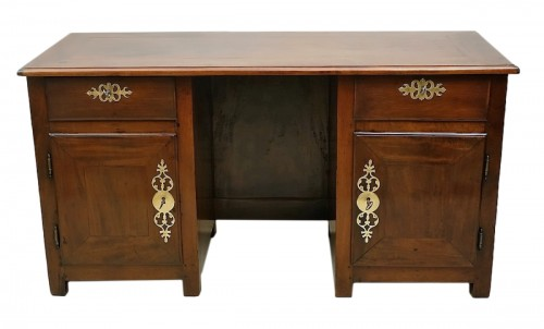 "French (Saint-Malo) 18th century ""Bureau plat à caissons"" in mahogany"