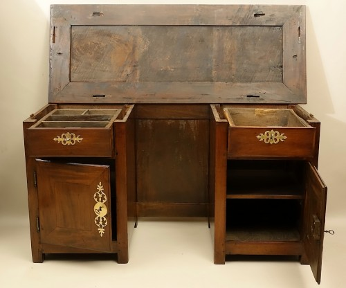 "French (Saint-Malo) 18th century ""Bureau plat à caissons"" in mahogany - Furniture Style Louis XIV"