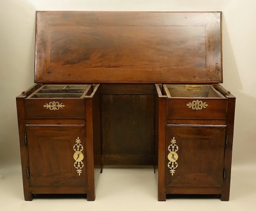 "Furniture  - French (Saint-Malo) 18th century ""Bureau plat à caissons"" in mahogany"