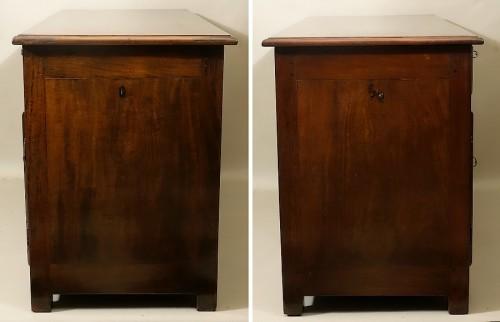 "French (Saint-Malo) 18th century ""Bureau plat à caissons"" in mahogany -"