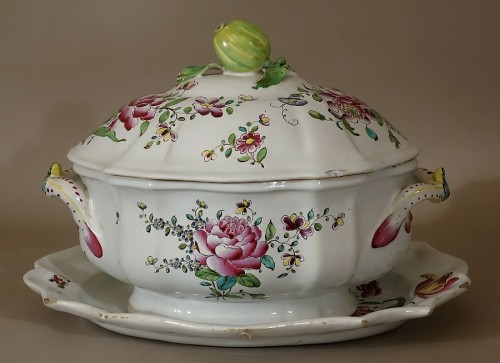 Porcelain & Faience  - A mid 18th century Faience Terrine of Sceaux