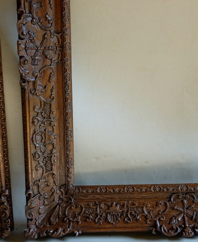 Decorative Objects  - Important pair of Louis XIV Oak wood frames