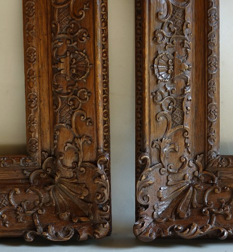 17th century - Important pair of Louis XIV Oak wood frames